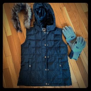 Gap - Puffer vest with removable fur trim